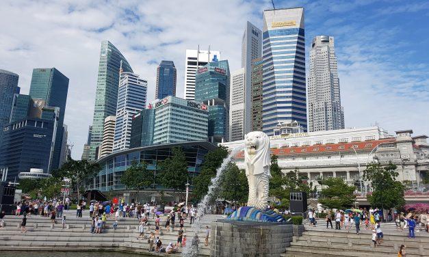 Il Merlion di Singapore. Una vita sotto i riflettori