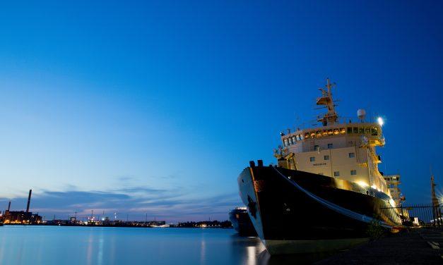 Visioni insolite: i rompighiaccio in letargo estivo ad Helsinki